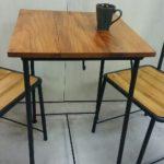 アンティーク・アイアンカフェテーブル。(高級ケヤキ材使用)
